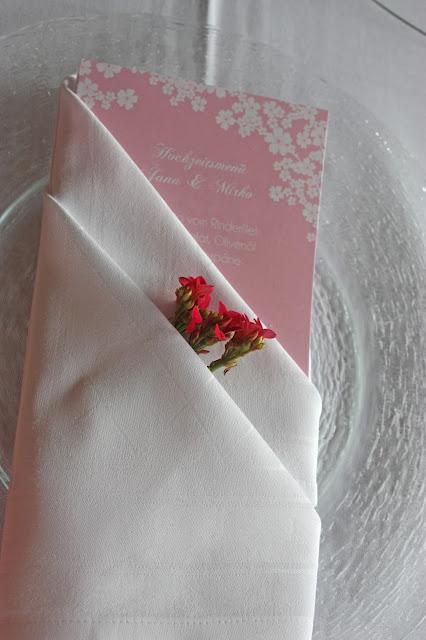 Menükarten in rose - die Kartenmacherei - Mr & Mrs - kleine Hochzeit zu Zweit in Garmisch-Partenkirchen, Bayern, im Hochzeitshotel Riessersee Hotel - Just a two of us - Wedding in Bavaria during your holidays