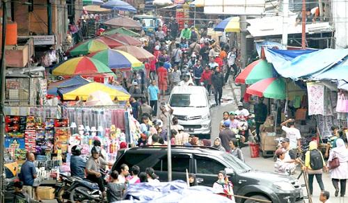 Cara Naik Kereta KRL Commuter Line ke Pasar Asemka