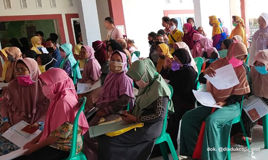 Pelayanan Adminduk Keliling Disdukcapil Pemalang Berada di Balai Desa Sima