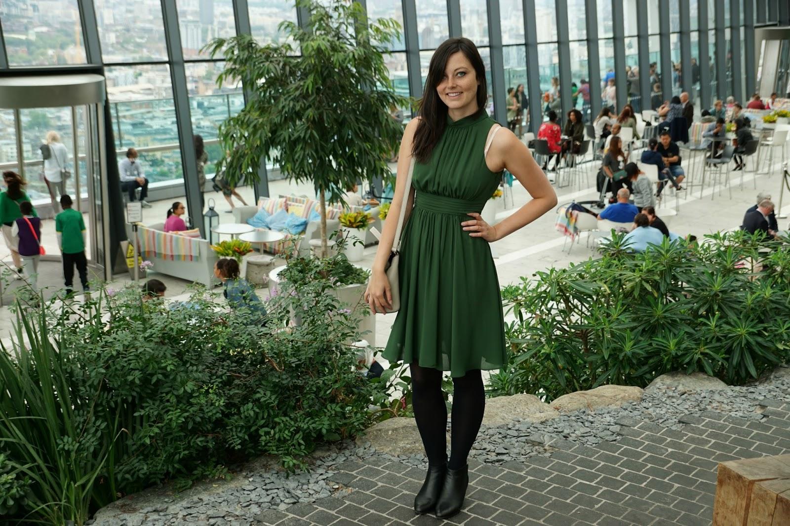 Fashion blog post Green Dress