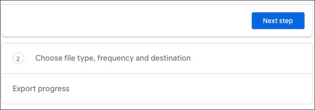 """انقر فوق الزر """"الخطوة التالية"""" في Google Takeout"""
