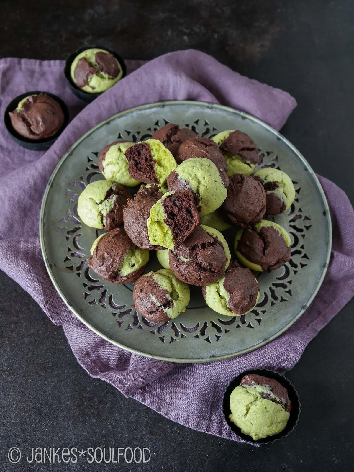 Marmorkuchen-Muffins mit Pistazien