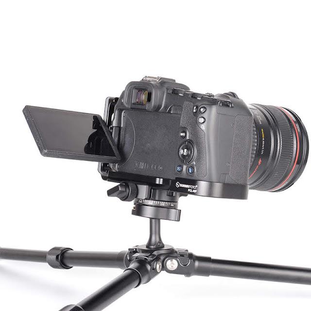 Sunwayfoto PCL-RP custom L Bracket on EOS RP portrait orientation