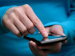 Nasehat kepada Pecandu Handphone