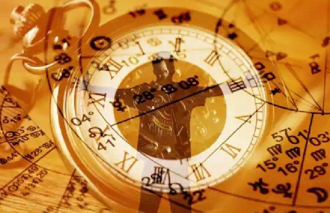 Astrology: शानदार पर्सनालिटी के मालिक होते हैं ये 4 राशि वाले लोग, जो मिलता है हो जाता है फैन
