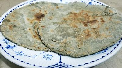 roti, indian flatbread, bajra roti at thehoggerz.com