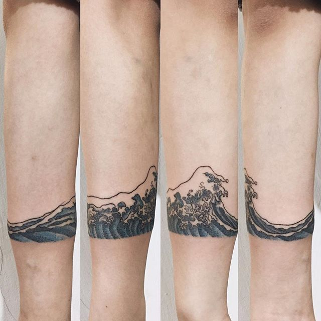 Awesome Wave Tattoo on Hand