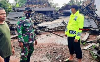 Angin Puting Beliung Rusak 177 Rumah Warga Di Desa Karangsono, Mranggen, Demak