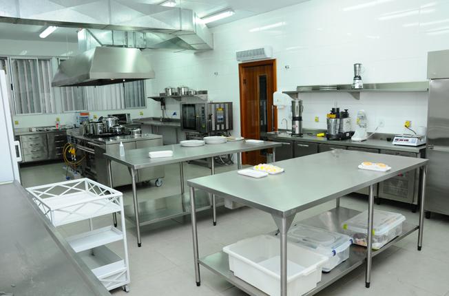 Instala es soares outubro 2016 for Herramientas de cocina industrial