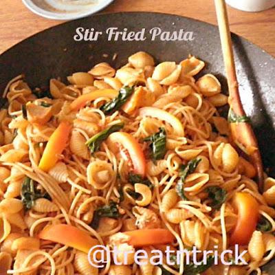 Stir Fried Pasta Recipe @ treatntrick.blogspot.com