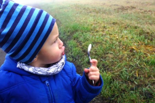 jesienny spacer przy przeziębieniu