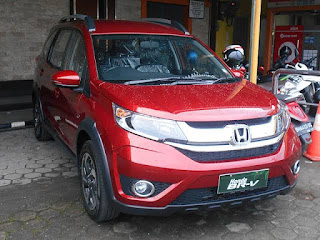 Honda BR-V  price in India - Images ,  Mileages , On road price and Colours - Team's Technology