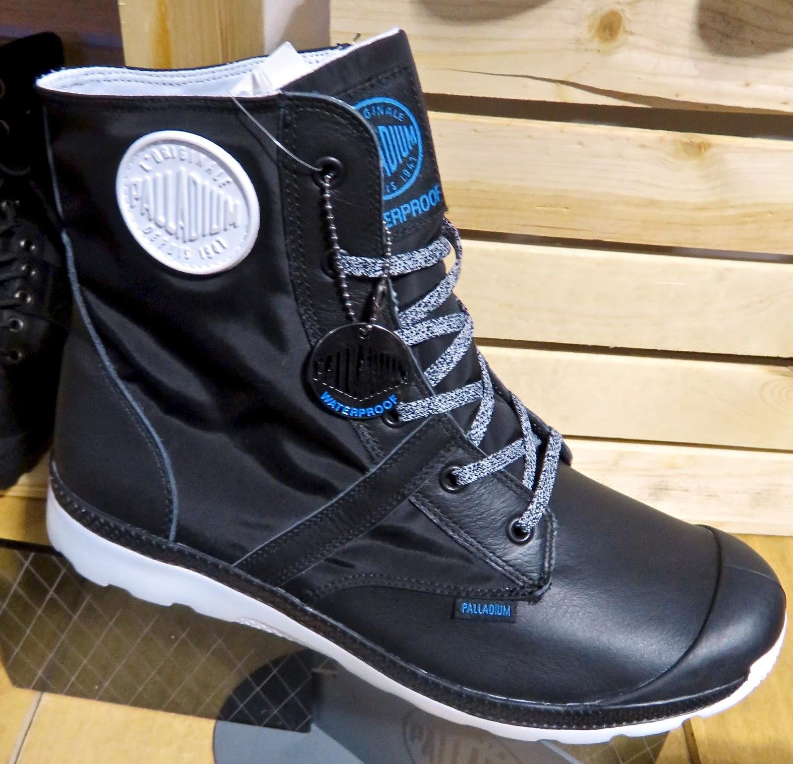 PALLADIUM Pallaville Hi Rise Waterproof Boot 60OCyrrTUX