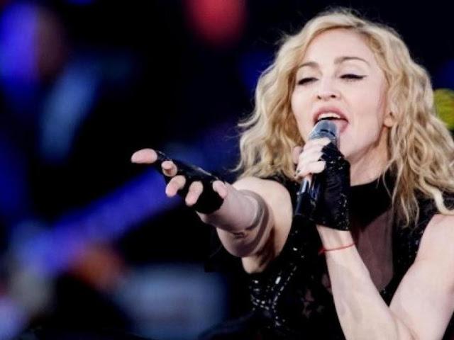 Madonna, durante un concierto