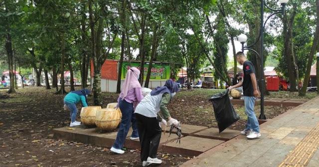 Sanggar Teras Mburi Gelar Aksi Peduli Lingkungan di Slinga Purbalingga