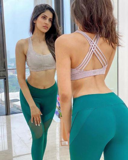 Sakshi Malik Latest Hot Bikini Images & Wallpapers