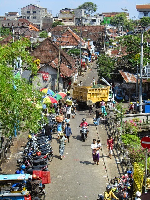 10 Places You Shouldn't Miss in Indonesia | Denpasar, Bali, Street Scene