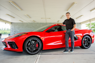 "Jeff Gordon's ""#CorvetteForACure"" Helps Kids Beat Cancer #NASCAR"