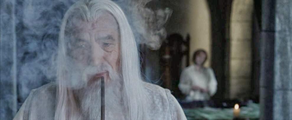 Tabaco en la Tierra Media - Gandalf - Riddles in the dark - El Señor de los Anillos - el troblogdita - el fancine - ÁlvaroGP - friki - pipa