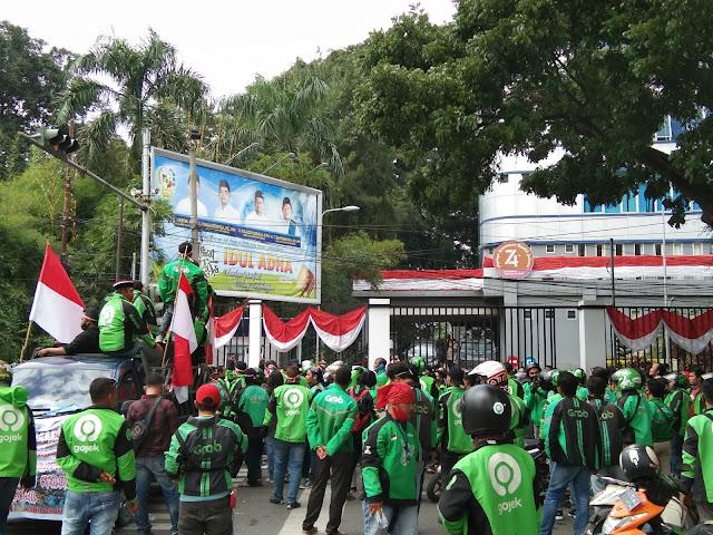 Pihak Gojek Angkat Bicara Terkait Ratusan Driver Ojol Unjukrasa di Depan Kantor DPRD Medan