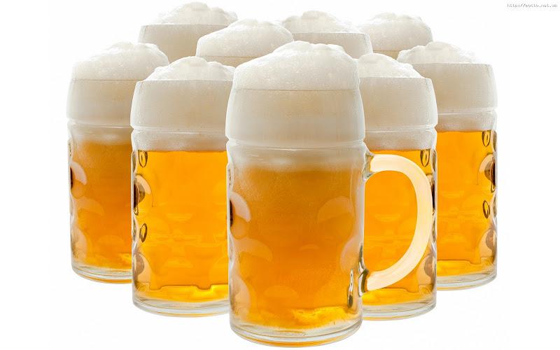 Una cerveza para los amigos-http://1.bp.blogspot.com/-4C9GbzuA2-Q/Ua8pCmyF3vI/AAAAAAAAAg4/9BbKwbDKlv8/s800/cerveza(1).jpg