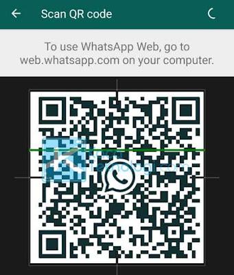 Pastikan Anda memindai kodenya tepat di bagian tengah kotak yang tersedia dan tahan selama beberapa detik sampai WhatsApp mengenali kodenya.