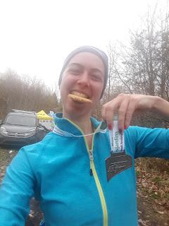 Coureuse, trail, mont Rigaud l'automne, médaille, biscuit
