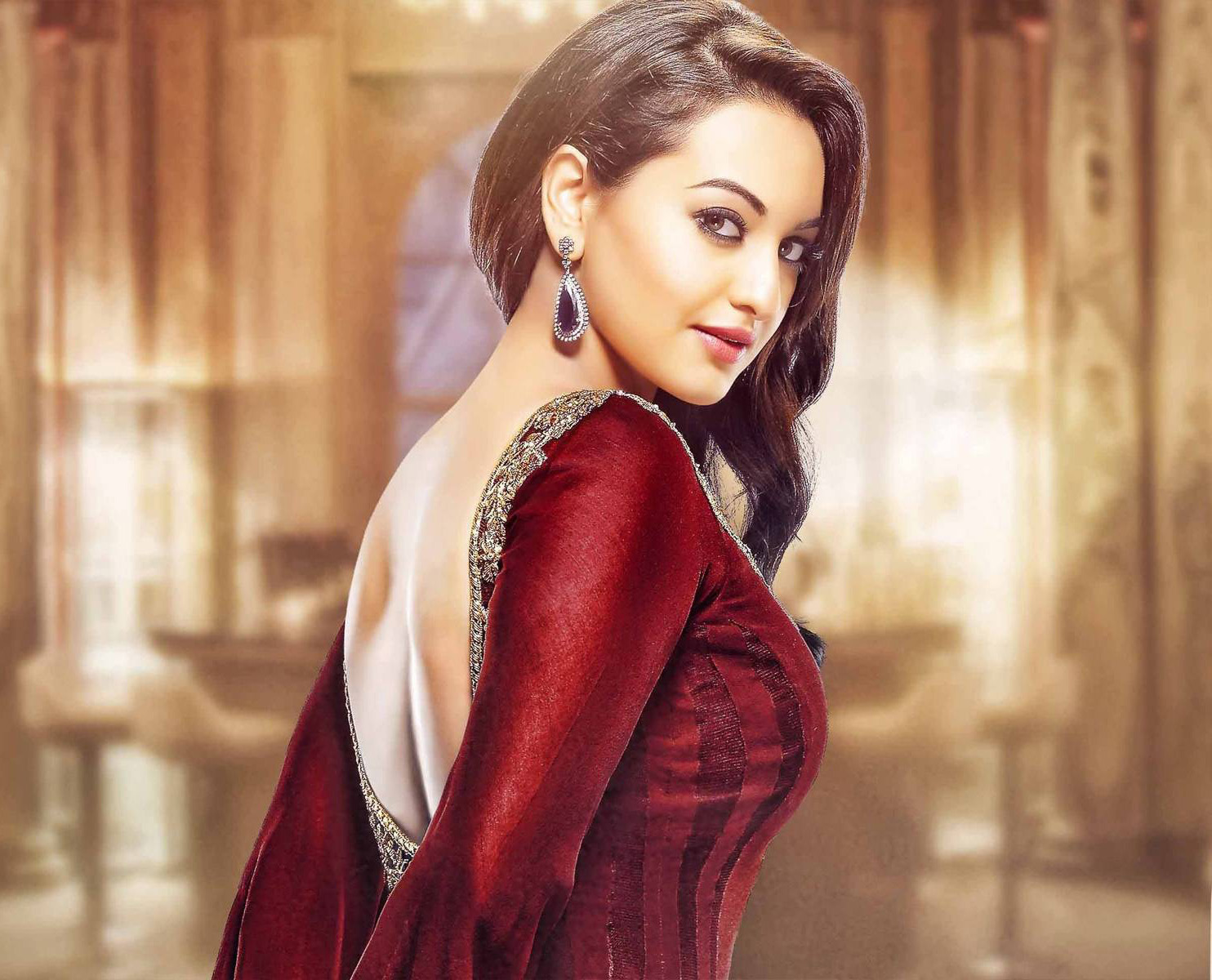 4k Ultra HD Wallpaper: Sonakshi Sinha HD Wallpapers