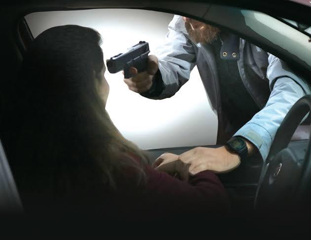 Advogado grossense tem carro tomado de assalto em Mossoró