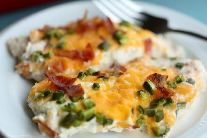Keto Jalapeño Popper Chicken Recipe #keto #lowcarbrecipe #healthyrecipes