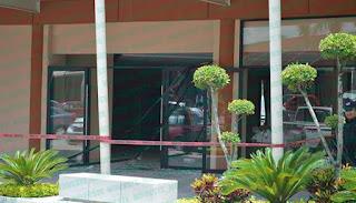 2 lesionados por explosión de gas en Plaza Faro de Orizaba