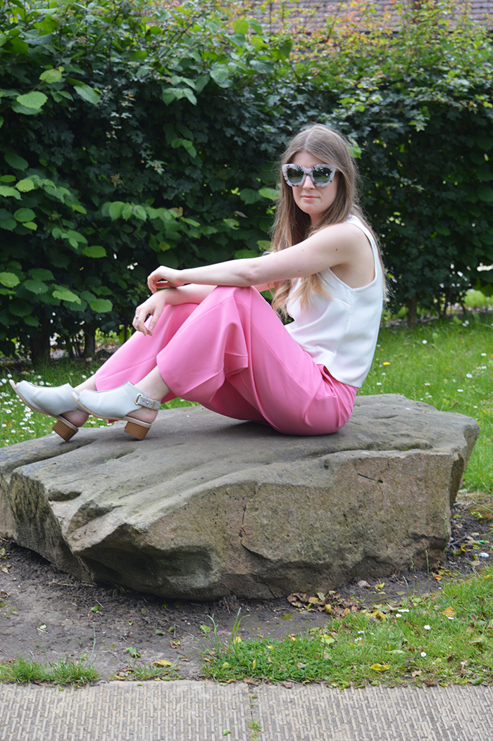 zara pink trousers fashion blogger