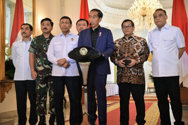 Gagal Berantas Terorisme, Jokowi Terancam Kalah
