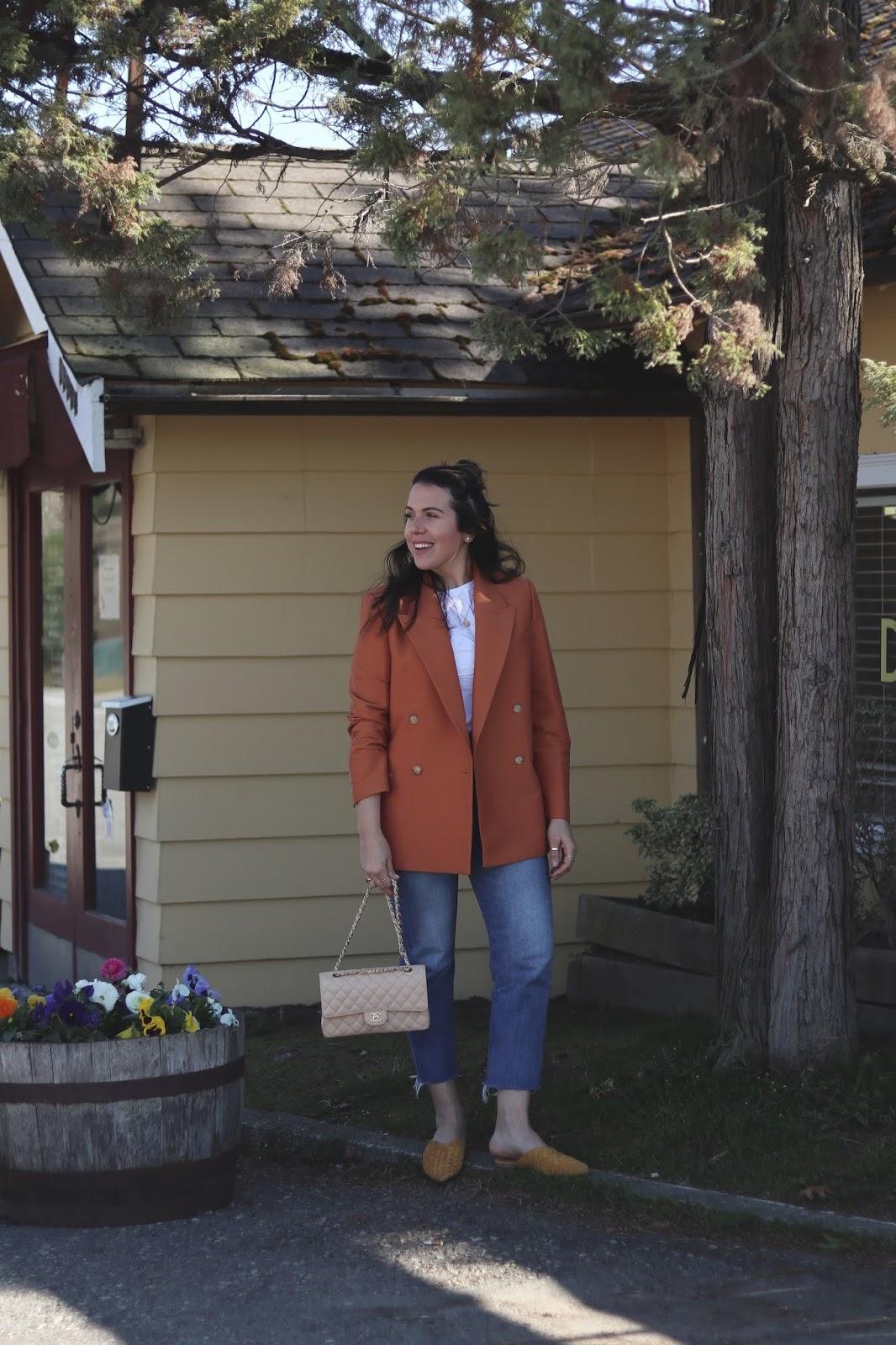 blazer outfit chanel medium classic flap levis wedgie jeans vancouver blogger
