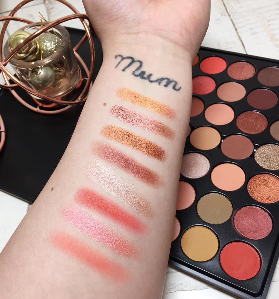 32 Color Lip Palette by Crown Brush #14