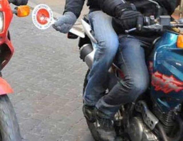 """Serrata contro pusher per opera dei """"Falchi"""" della Mobile di Foggia"""