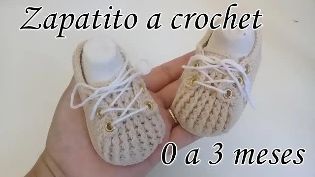 Zapatitos 'Aaron' de bebé a crochet
