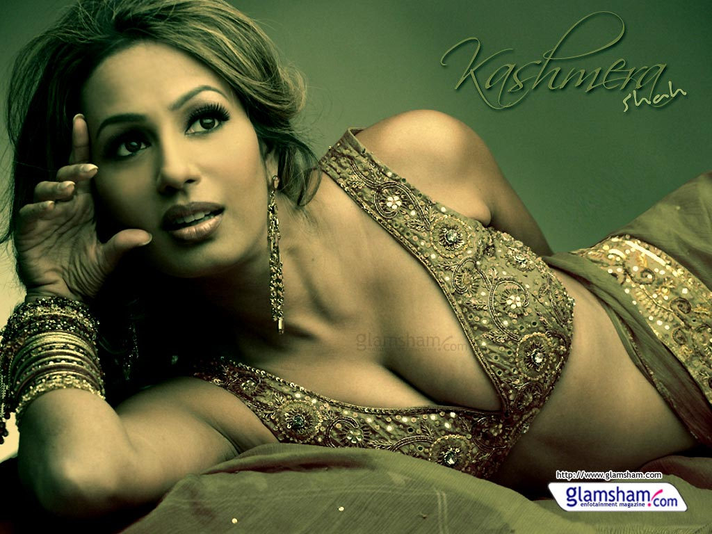 Kashmira Sexy Photo