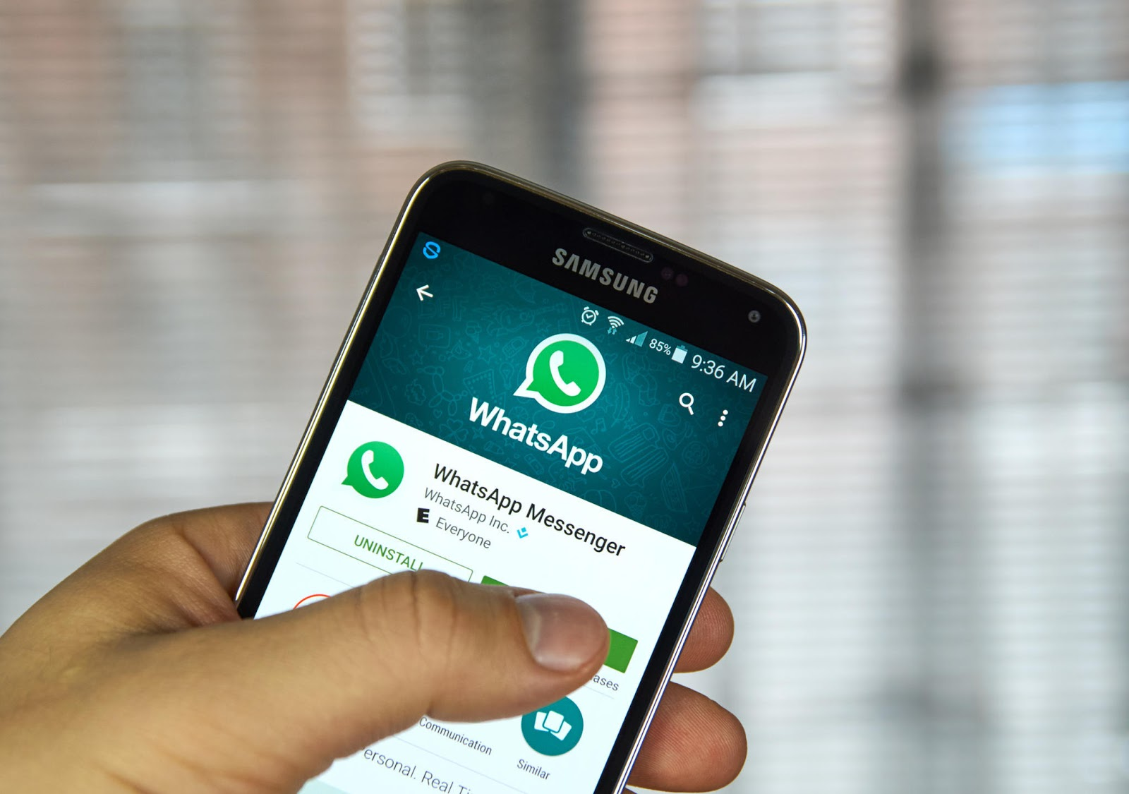 Facebook Overturned Its Decision To Sale Ads On WhatsApp