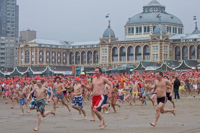 حتى شهر أغسطس - خطة الحكومة الهولندية لعودة الحياة تدريجياً إلى طبيعتها بلا قيود كورونا