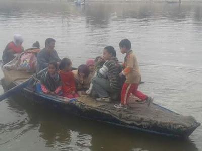 هل ننتظر كارثة جديدة ببنى سويف؟.. تلاميذ جزر وسط النيل فى قوارب الموت يوميا