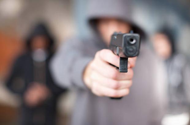 Comerciantes pagan protección a delincuentes para evitar robos y asaltos