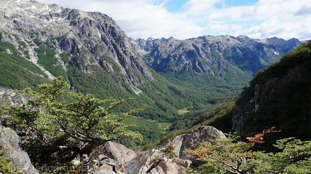 Trekking refugio san martin, valle casa de piedra, bariloche, laguna jackob