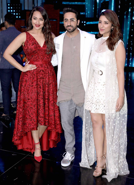 Sonakshi Sinha Ayushmann and Parineeti Promote Meri Pyaari Bindu at Nach Baliye 8