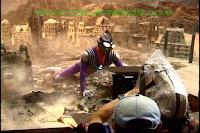 http://1.bp.blogspot.com/-4D7IdQn8N48/ViPW1Hgl7nI/AAAAAAAADc8/QeTqRhEaVx0/s1600/Ultraman_tiga_oddissey_backstages_8.jpg