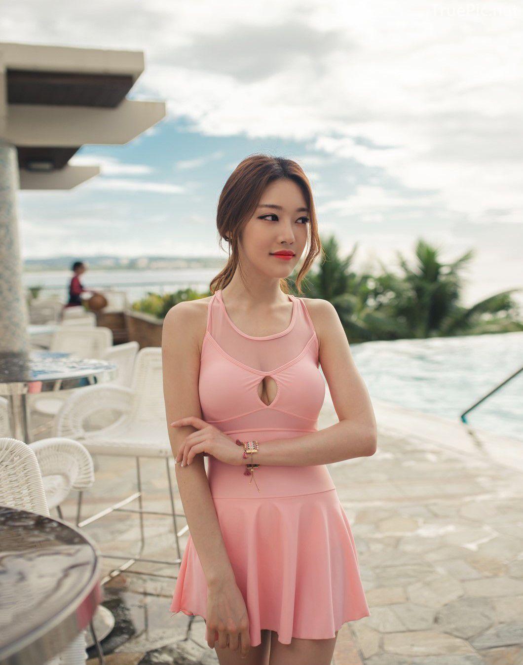 Korean model fashion - Park Jeong Yoon - Amanda One Piece Swimsuit - Picture 1
