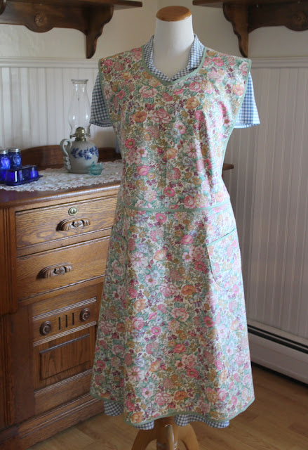 https://www.etsy.com/listing/690412990/floral-calico-1944-calico-apron-ready-to?ref=shop_home_active_6