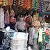 Mengabaikan Protokol Kesehatan, Sejumlah Pedagang dan Pengunjung Pasar Tanggul Ditegur Petugas Patroli Pendisiplinan Masyarakat