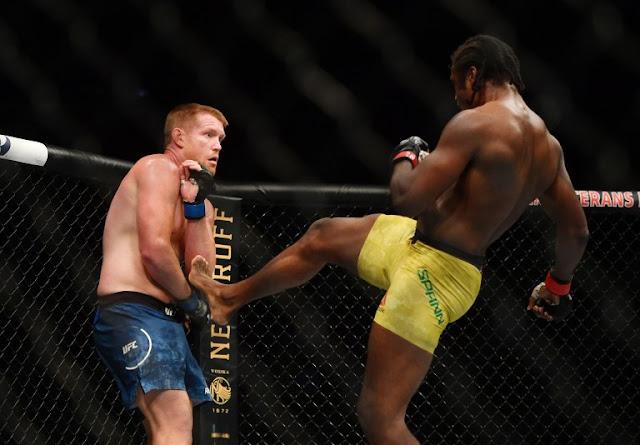 Ryan Spann kicks Sam Alvey UFC 249