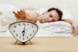 4 Manfaat Besar Bangun Pagi